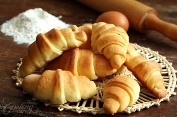 homemade-crescent-rolls